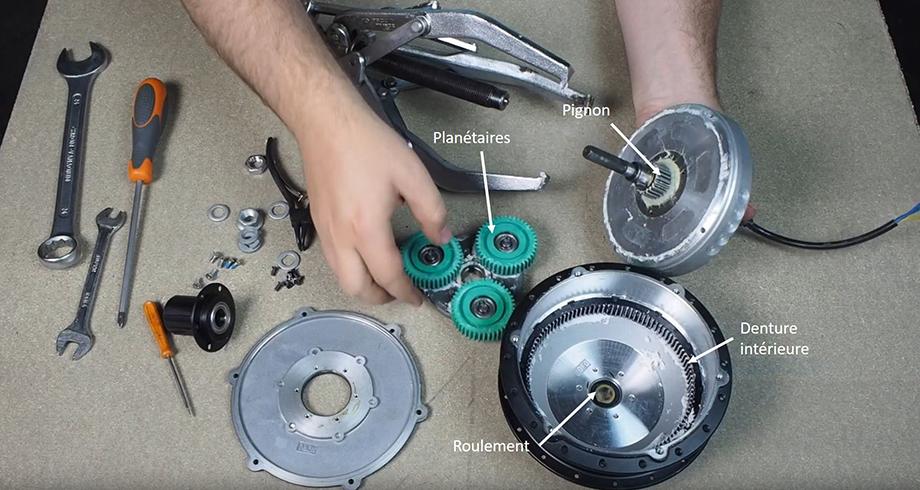 Demontage du circlip, vérification des planétaires et de la denture du moteur roue