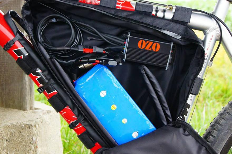 VTT KTM Team series kit électrique 750W, batterie PVC dans sacoche
